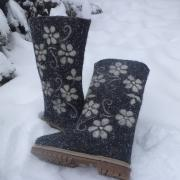 In stock Warming felt boots