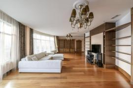 Sell apartment 429 sq m in a luxury house