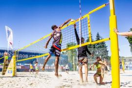 Training volleyball for adults